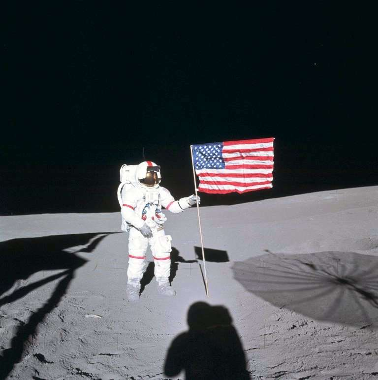 astronaute definition