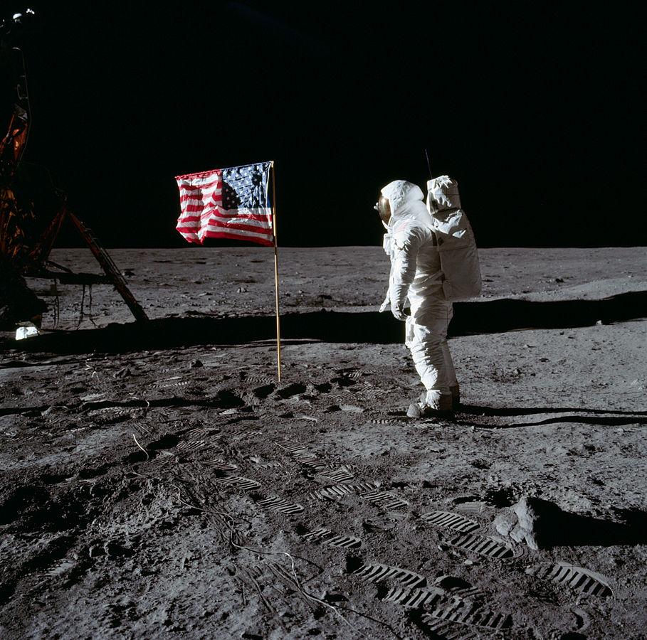 drapeau lune