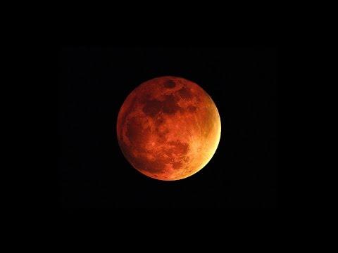 pourquoi la lune est rouge