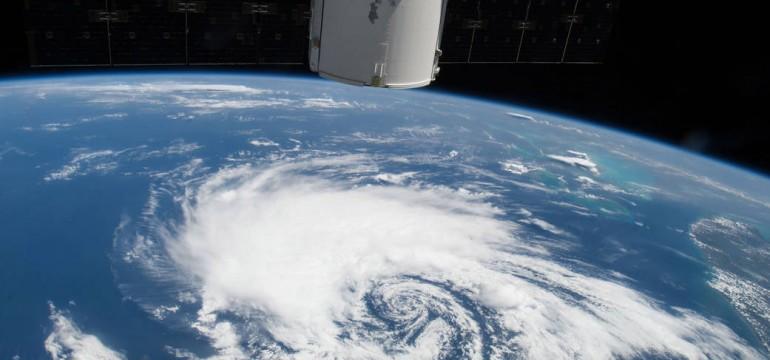 vitesse de la terre dans l espace